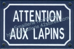 Funny French enamel sign (10x15cm) Beware of the rabbits