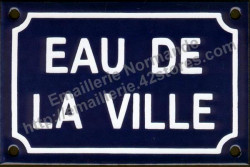 Traditional French enamel sign (10x15cm) Eau de la ville
